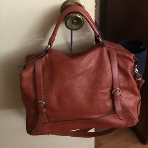 Handbags - Brown purse 👜 with handles and a shoulder strap